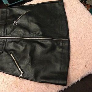 Forever 21 vegan leather mini skirt